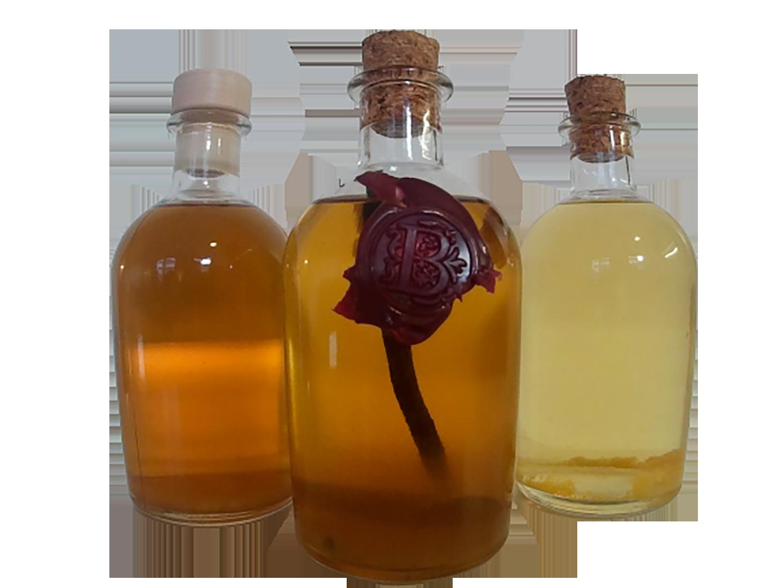 Trois bouteilles de rhum arrangé